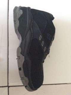 Sepatu sekolah anak uk.35