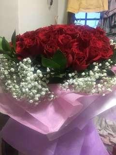 99 fresh red roses