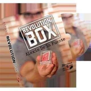 Revolution Box b- Alexis De La Fuente & Marchand de Trucs magic trick