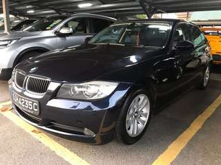 BMW 320i Sedan Auto Highline