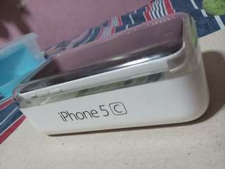 Selling pre-loved iphone 5c + iphone 4