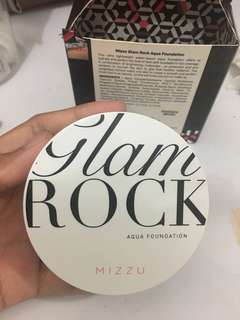 PRELOVED Mizzu Glam Rock Aqua Foundation