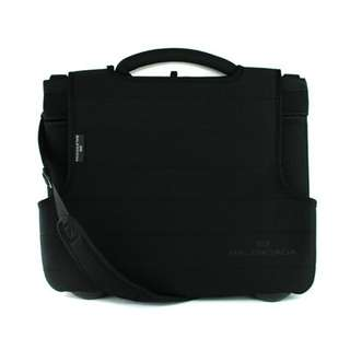 Authentic Balenciaga – laptop bag – black – polyester – made in P.R.C. – imported by BSC Italia s.p.a. – dimensions: (excluding handles) 41 x 35 x 3 cm.