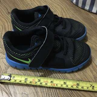 Authentic NIKE RUBBER SHOES for boys
