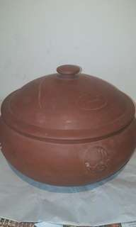 VINTAGE  RED CLAY YUNAN QIQUO STYLISED BAMBOO MOTIF COVERED RICE STEAMING COOKERY POT