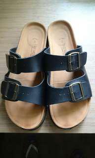 🚚 Sandals Trendyway 42