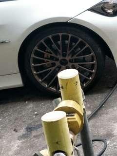 Mencari tyre 2nd size 235/35/19 & 265/30/19