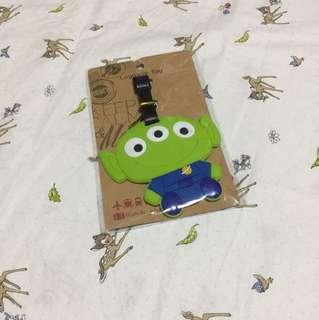 Luggage Tag (green alien)