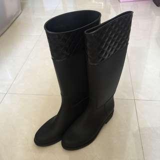 🚚 時尚雨靴(黑色)