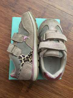 Clarks Girls Shoes - Madeleine Sand Coloured Size 26