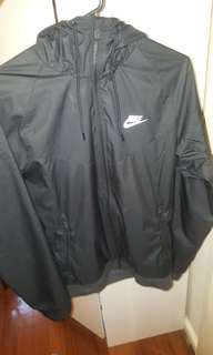 Black nike spray jacket size s mens 8b20e99e8