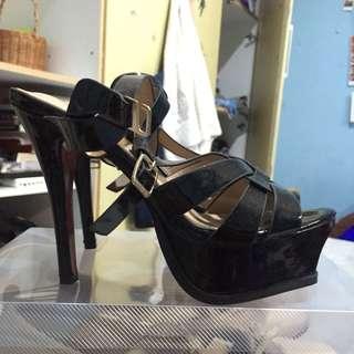 ysl pump heels black