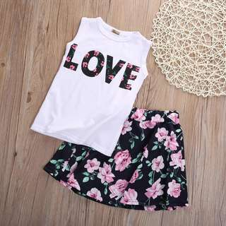 🚚 Floral dress sleeveless top with Skirt