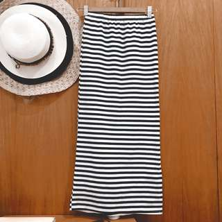 Stripes Long Fitting Skirt with Side Slit