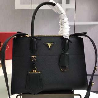 Prada Tote Bag (Just look at the price without looking at quality.Please bypass,Tq)