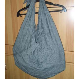 Izzue Cool Light-Weight Bag Slightly Used SUPERSALE