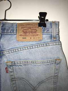 Vintage Levi Cropped Jeans