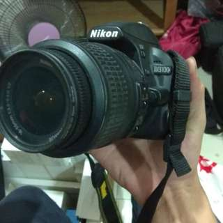 Nikon D3100 - Condition Tiptop !! - 10/10 - Lens Standard 18-55mm -