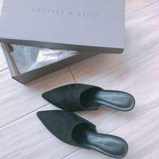 CHARLES & KEITH 小CK 全新 黑低跟鞋