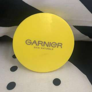 Compact Powder Garnier