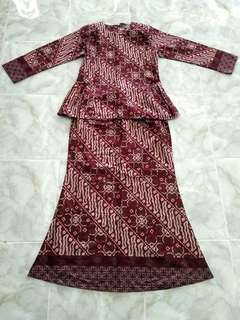 (RM 90 including postage to Semenanjung) NEW Kurung Moden Nirmala by Jakel Saiz L