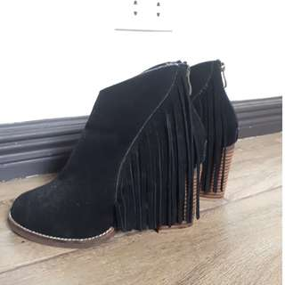 Black Boots with Fringes