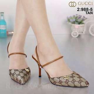 Sepatu Gucci-Tan-39