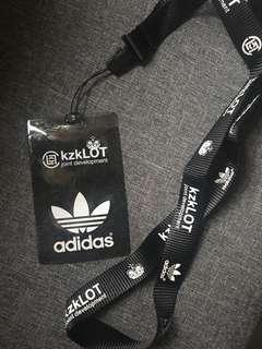 Adidas x kzklot 卡套連掛繩