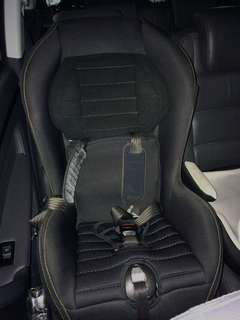 Chicco Cosmo car seat