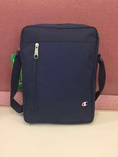 Champion messenger bag (Europe version)