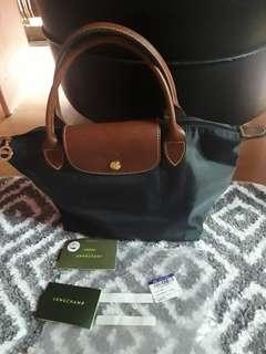 Longchamp hand bag(authentic)repriced