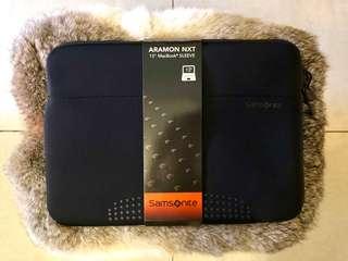 "Samsonite 13"" Aramon NXT Laptop Sleeve"