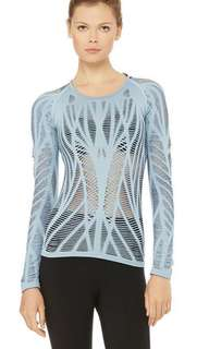 Alo yoga inspired top - Wanderer in sky blue