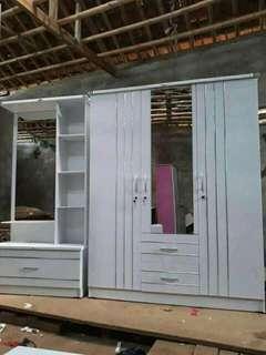 Set meja rias + lrmari pakaian pintu3
