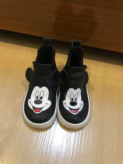 H&M mickey mouse shoes for kids
