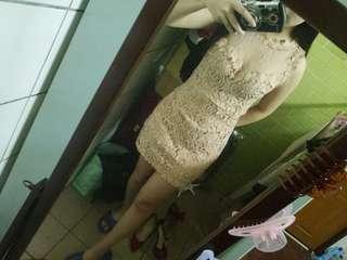 🚚 蕾絲薄紗洋裝