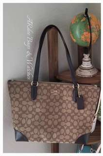 💯 Authentic Coach Outline Signature Zip Tote( New Released)