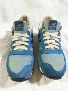 🚚 New Balance 藍色運動鞋