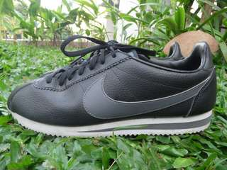 NIKE Classic Cortez Leather Sneakers for Men