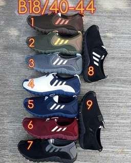Sepatu pria ADIDAS SLIP-ON