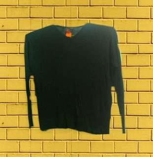 Black Knitted Sweatshirt