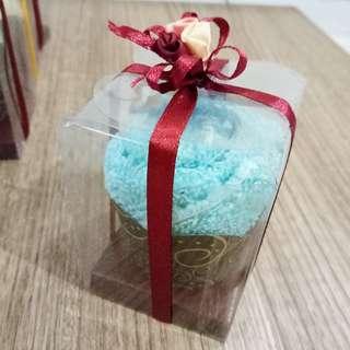 Cupcake Towel Souvenir / Souvenir Handuk
