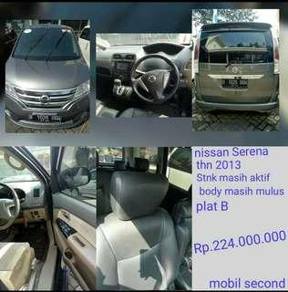 Dijual mobil second Nissan serena