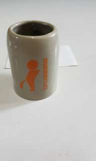 "Miniature mug from Brussels featuring the ""Little pissing boy"""