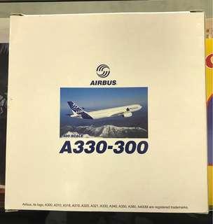 Airbus A330-300 飛機 模型 擺設 1/400 scale