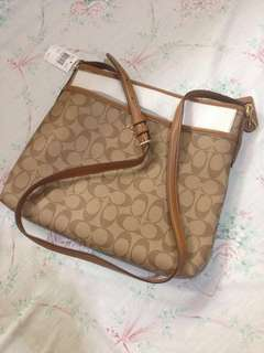 Rush Auth New Coach Sling Bag..