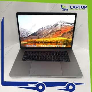 APPLE MacBook Pro 15 (i7/16GB/256GB/Mid-2017/TouchBar) [Preowned] WNTY