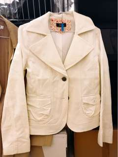 🚚 VEEKO西裝式小夾克二手280元