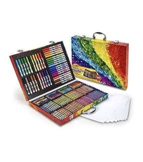 🚚 Crayola case