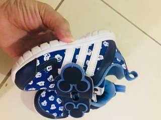 Adidas shoe mickey